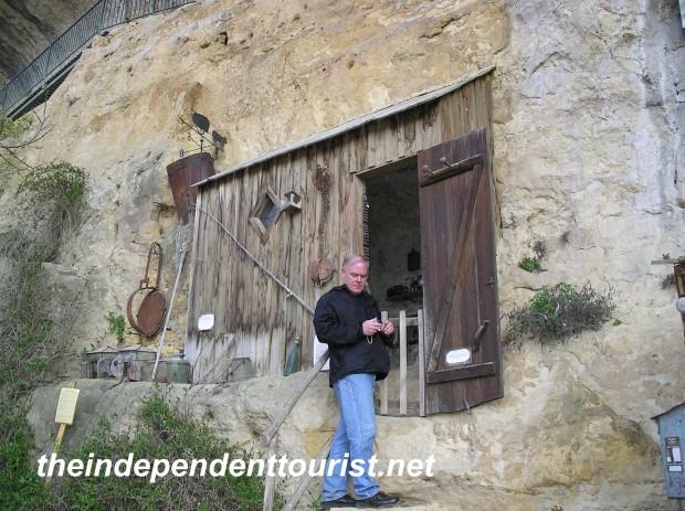Cazelle Grottos Dordogne France (3)