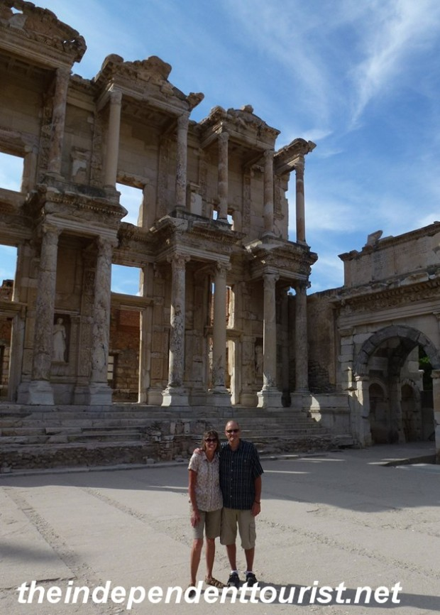 Robyn and I at the almost deserted Library of Celsus.