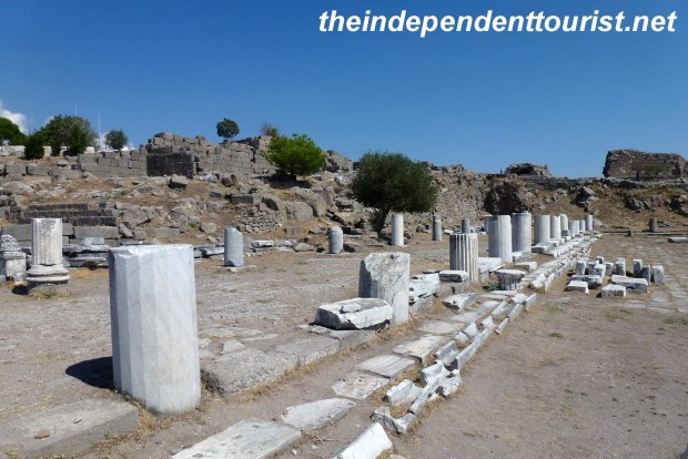 Although it doesn't look like much now, these are the ruins of the magnificent library of Pergamum that once held 200,000 scrolls -rivaling Alexandria as one of the great ancient libraries.