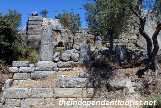 Temple of Endymion, who resisted the moon goddess Selene.