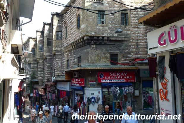 Street scene near the Grand Bazaar.
