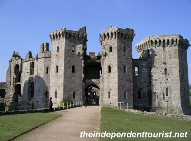 The gatehouse range - the entrance to the castle since the 1460's. An imposing sight to visitors in the 1400's and today.
