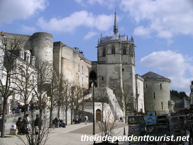 The Chapelle St-Hubert sits on top of the walls of Amboise. It's the final resting place of Leonardo da Vinci.