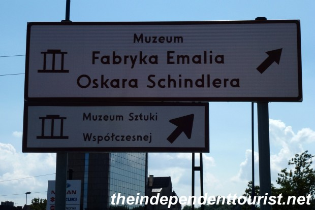 A sign pointing the way to Schindler's Factory.