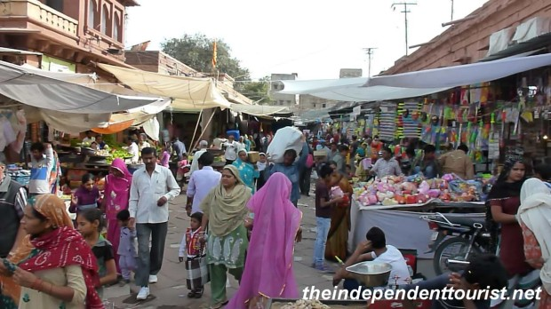 The local market in Jodhpur.