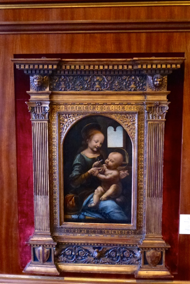 Madonna and Child by Leonardo Da Vinci, in the Hermitage Museum.