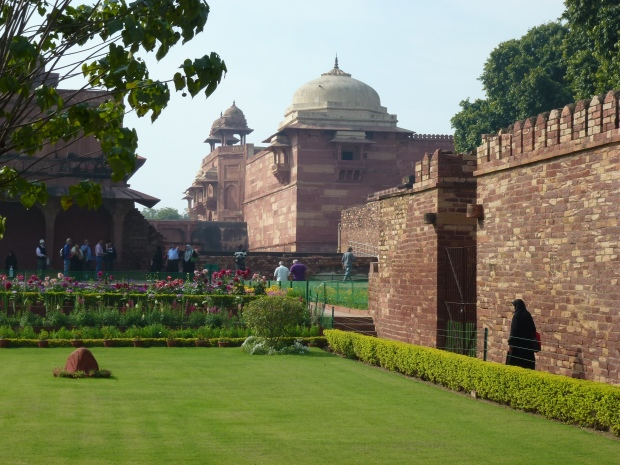 The perfectly manicured Ladies Garden at Fatehpur Sikri.