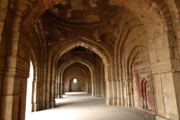 The exterior porch of the Jamali-Kamali Mosque in Mehrauli Park.