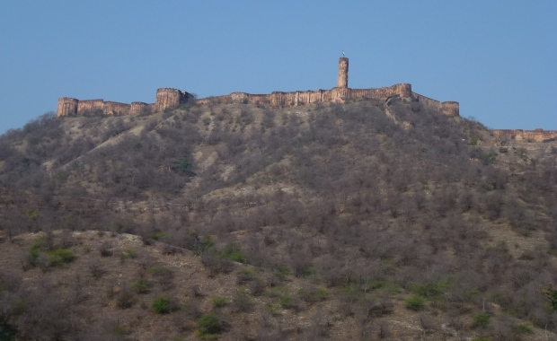 Jaigarh Fort, which sits above Amber Fort.