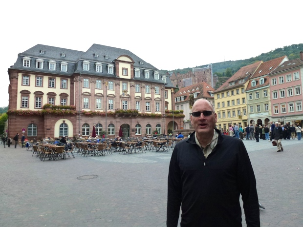 Old Heidelberg's Rathaus is behind me.