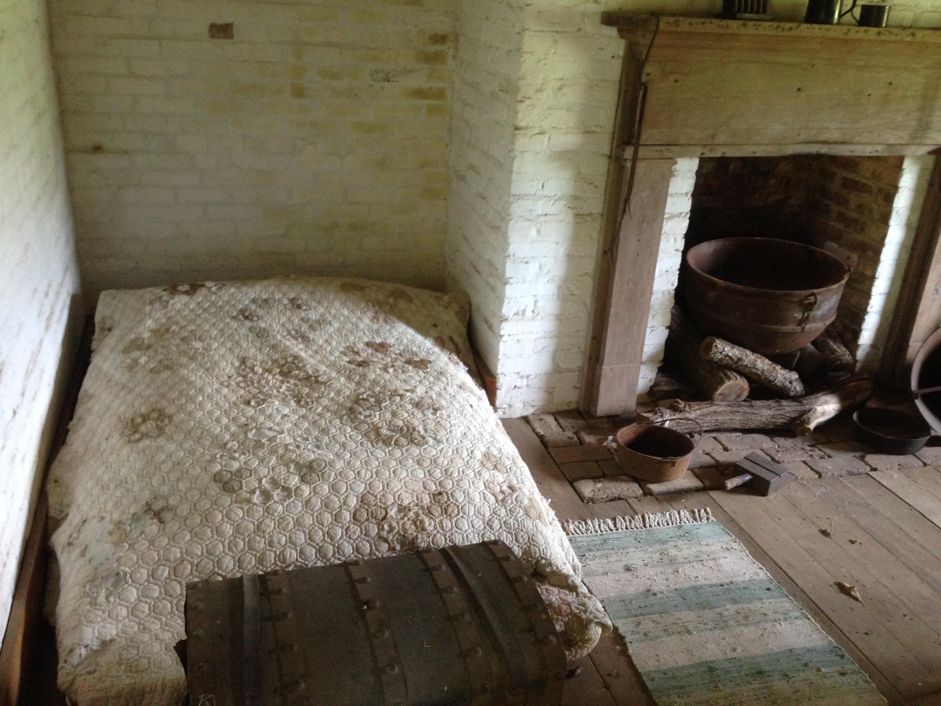 One Bedroom Cabins In Gatlinburg Civil War Sights Near Nashville The Independent Tourist