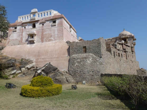 The castle within Kumbahlgarh fortress.
