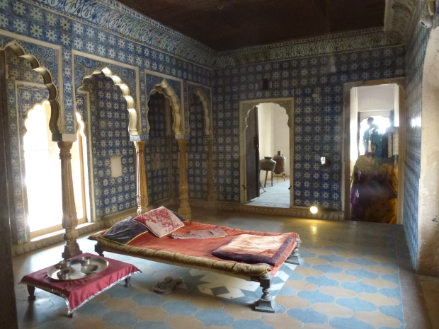 A bedroom in the Fort Palace.
