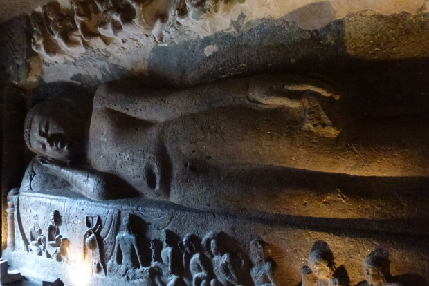 The 'Sleeping Buddha' in Cave #26.