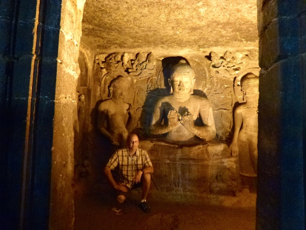 A large Buddha in Cave #6.