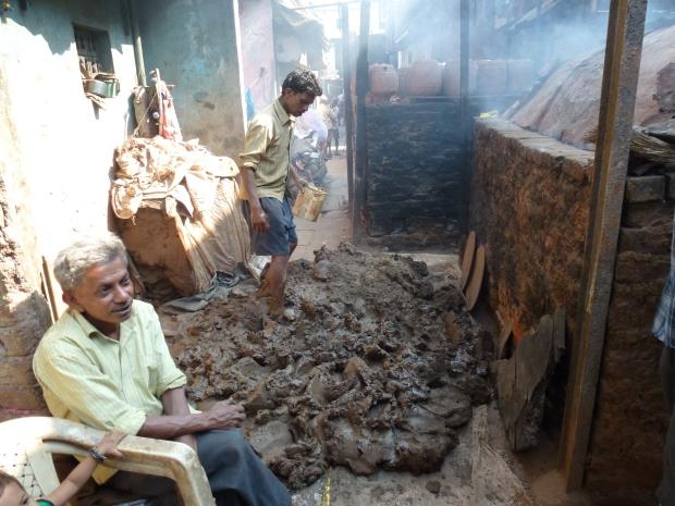 Mumbai_Dharavi Slum (Pottery) (5)