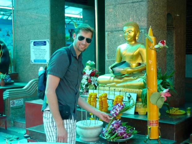 Bangkok Luck Buddha Offerings3