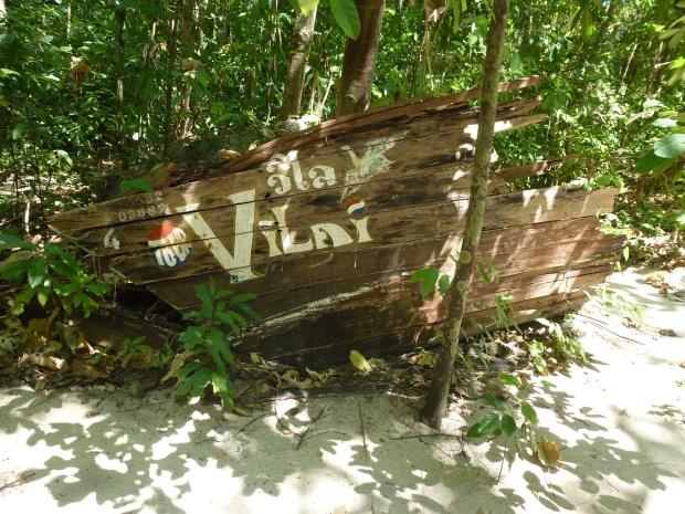 railay-beach-hong-island-tour-tsunami-damage-19