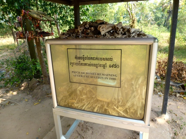 phnom-penh-choeung-ek-killing-fields-15