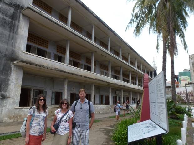 phnom-penh-toul-sleng-museum-3