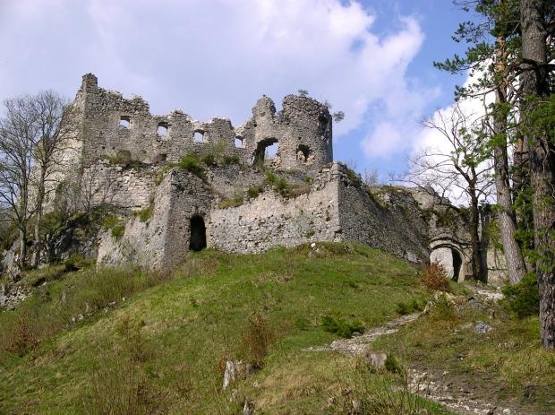 ehrenberg-castle_reutte_austria