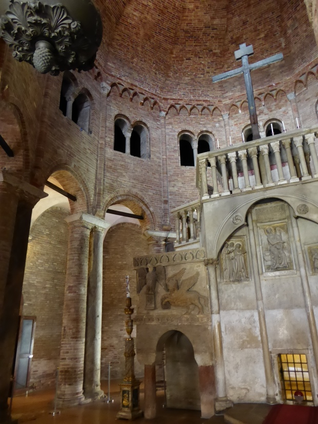San Sepolcro, Abbazia di Santo Stefano, Bologna, Italy