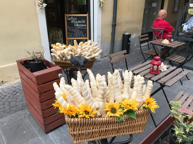 ferrara famous bread