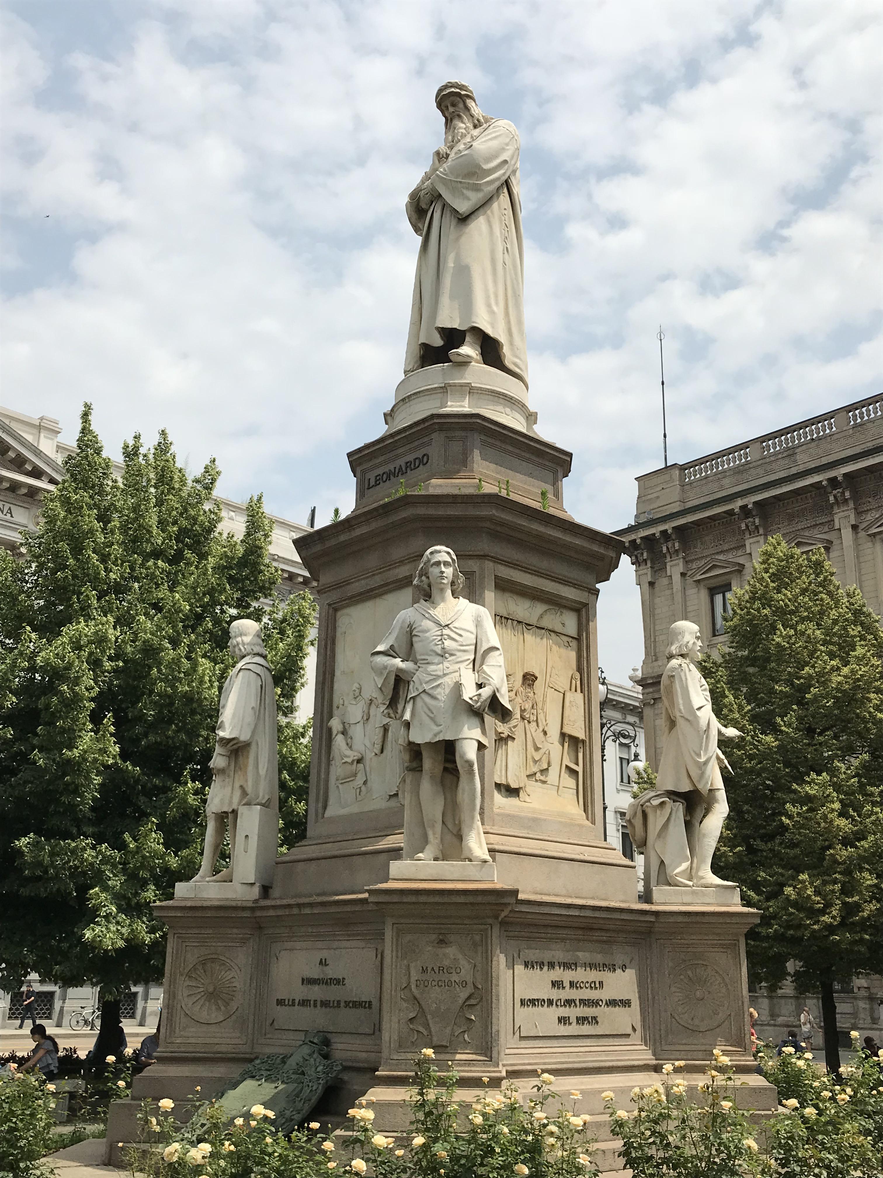 Leonardo da Vinci statue, Milan, Italy