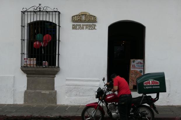 Papa Johns, Antigua, Guatemala