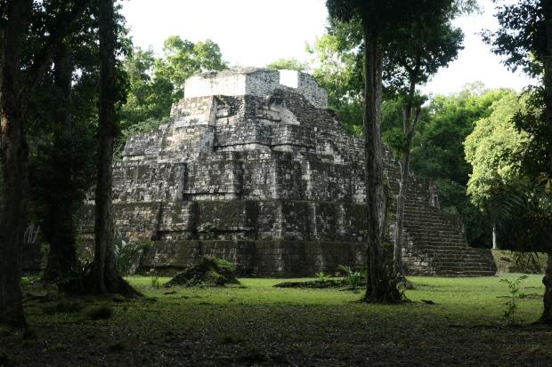 Plaza de las Sombras, Grupo Maler, Yaxha, Guatemala