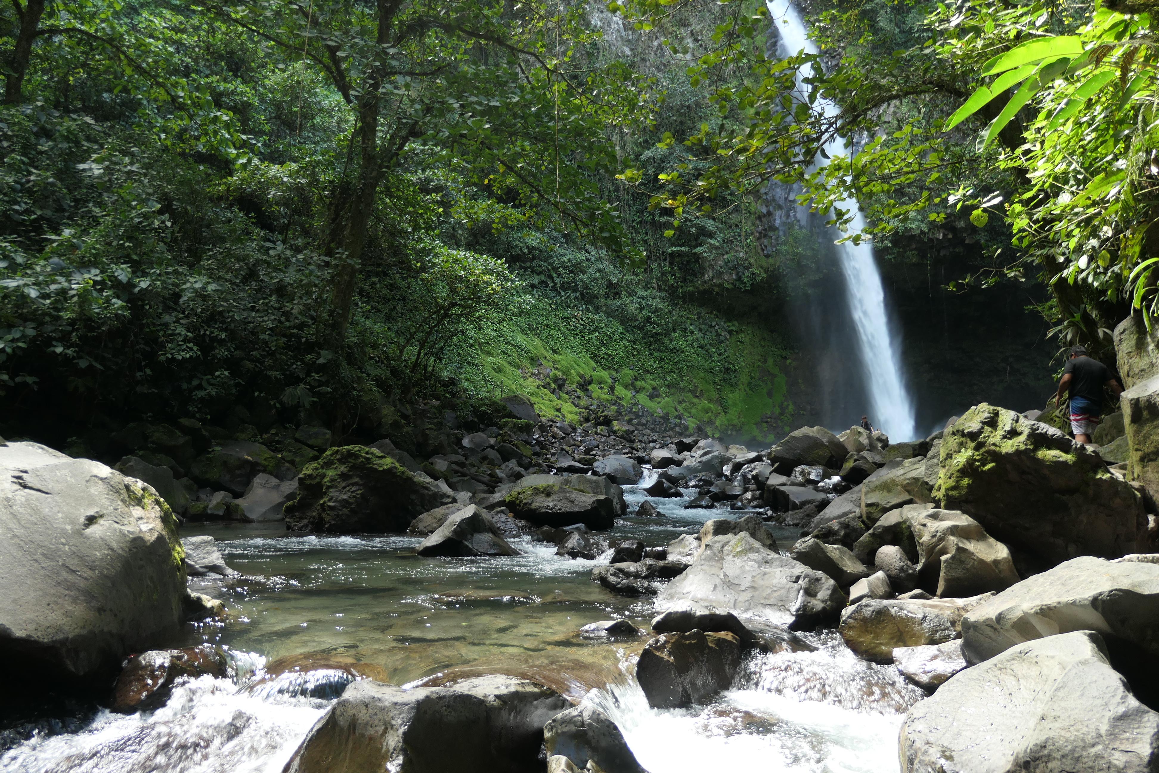 Costa Rica Arenal Volcano Area La Fortuna Falls19